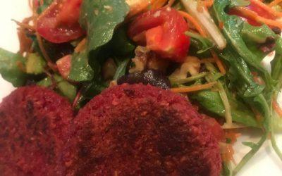 Bietenburger met salade