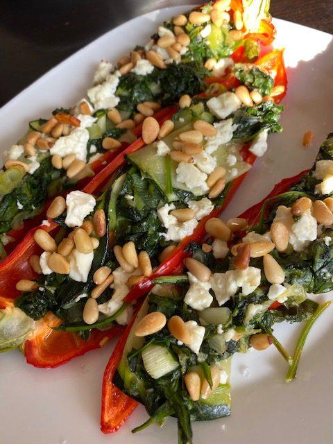 Gevulde puntpaprika met spinazie